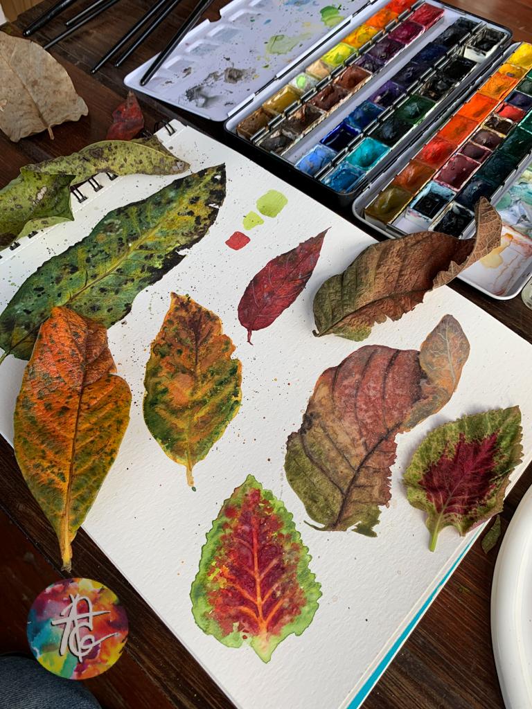 Folhas secas em aquarela